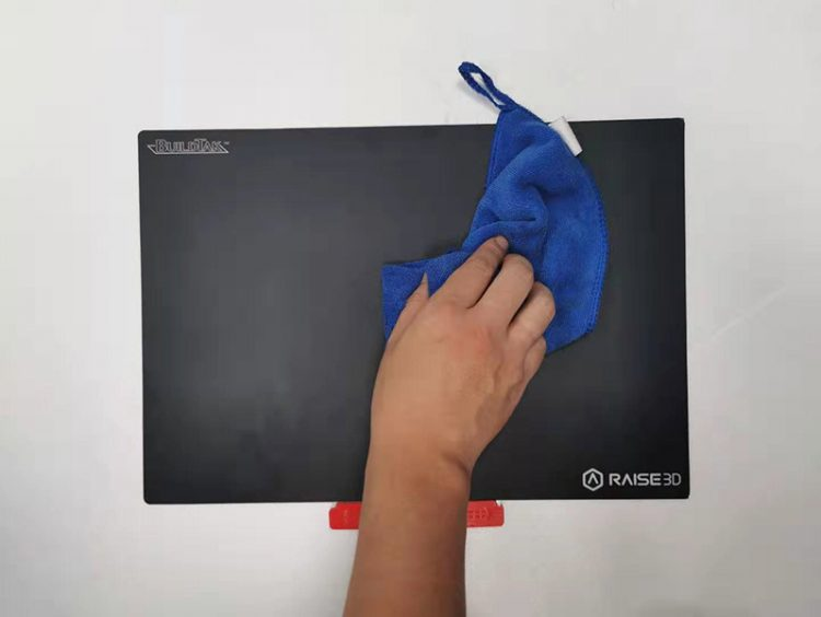 Cleaning the BuildTak of a 3D Printer
